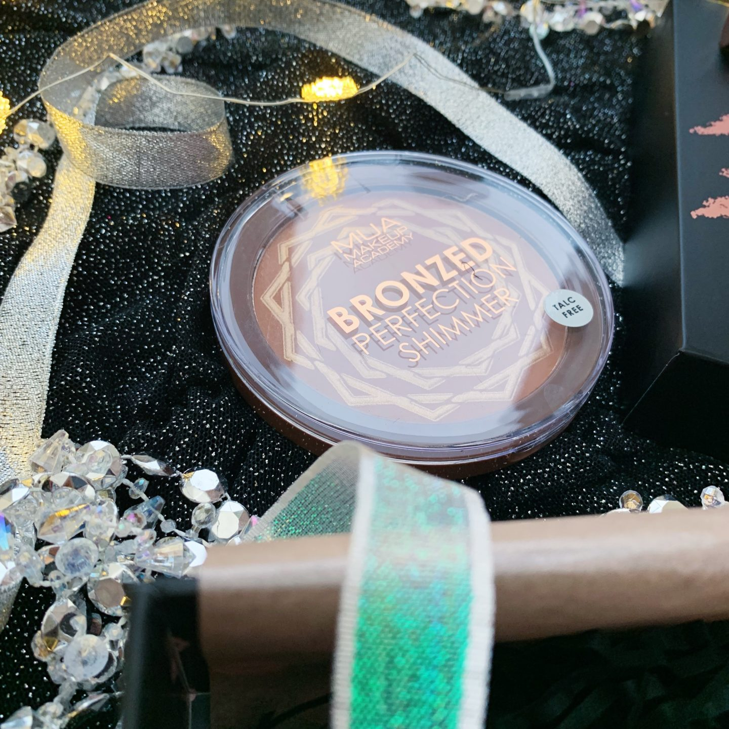 MUA Bronzed Perfection Shimmer - Limited Edition Black Friday Glossybox - Miss Boux