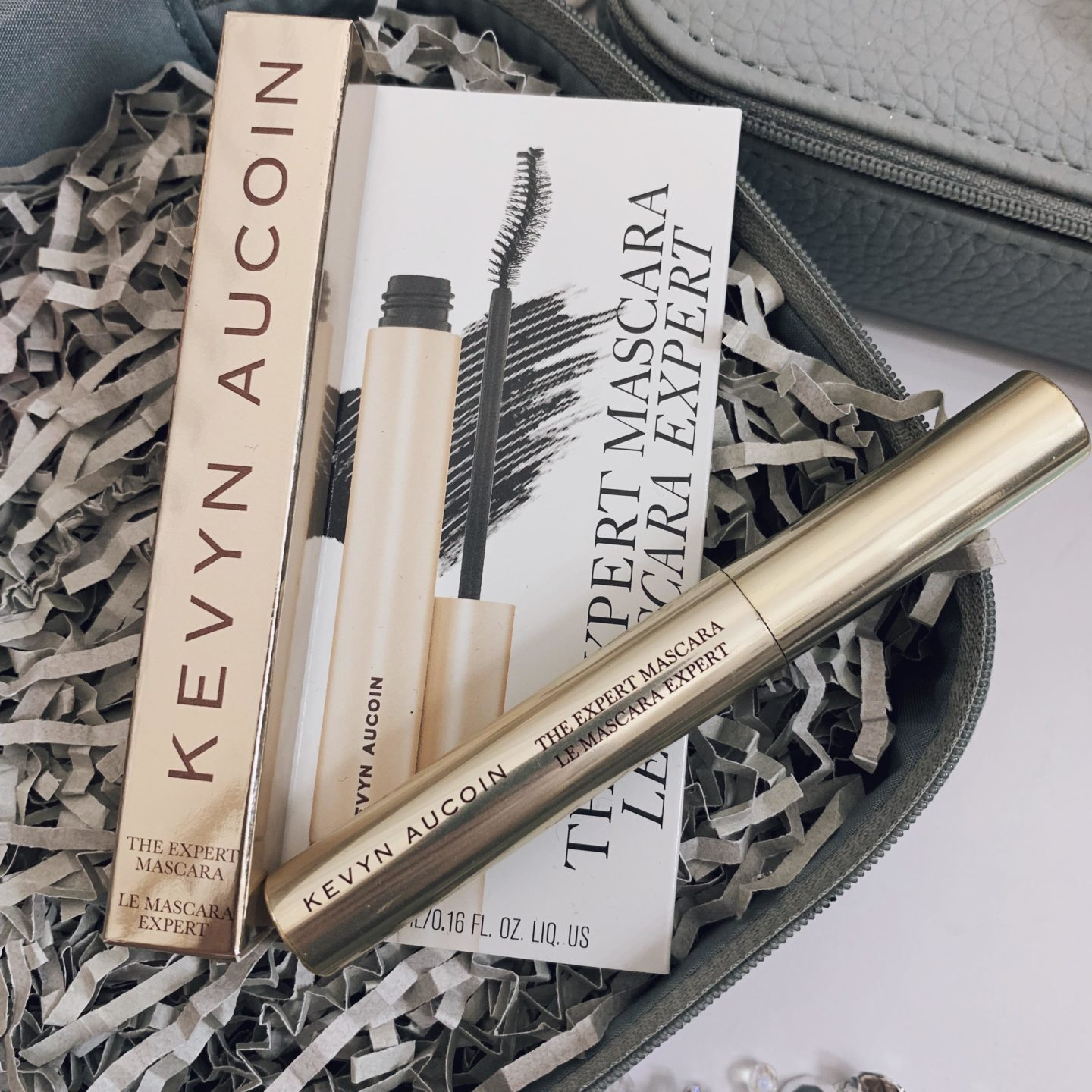 Kevyn Aucoin Discovery Bags Look Fantastic - Miss Boux