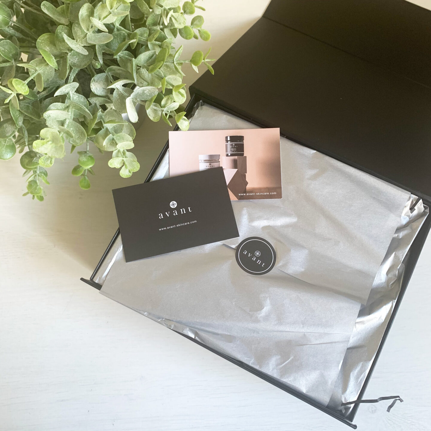 Avant Allure Absolute Gift Box - Miss Boux
